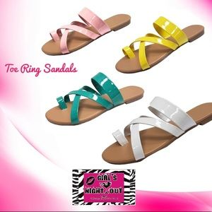 Shoes - 🌞 Summer Specials!! 🍉 🌴Toe Ring Sandal